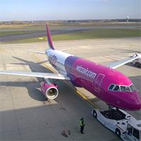 Airbus-A320-WizzAir-200