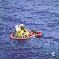 Apollo-11-Splashdown-NASA-200