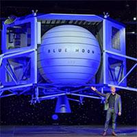 Bezos-presents-Blue-Moon-Spacecraft-wiki-200