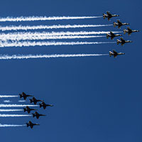 Blue-Angels-and-Thunderbirds-NYC-Flyover-April2020-AP-Purchased-200