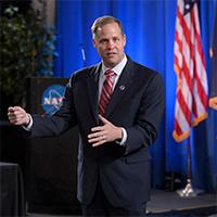 Bridenstine-2018TownHall-NASA-200