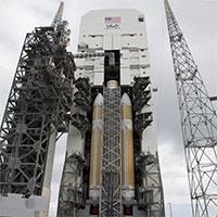 Delta-IV-Heavy-NASA-200