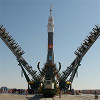Exp-61-Soyuz-NASA-200