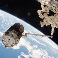 HTV-6-at-ISS-Jan2017-NASA-200