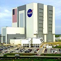 NASA-Hdqtrs-Wiki-200