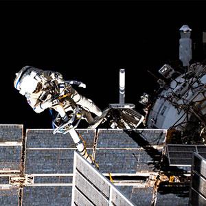 Roscosmos-cosmonaut-Pyotr-Dubrov-NASA-200