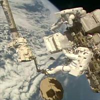 Spacewalkers-Dec2019-NASA-200