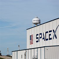 SpaceX-Falcon-Heavy-AP-Purchased-200